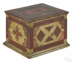 Carved and painted pine box, late 19th c. - Price Estimate: $300 - $500
