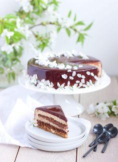 Lískoořechovo-praliné-čokoládový entremet – Máslová brioška Floral Cake, Cheesecakes, Vanilla Cake, Tiramisu, 3 D, Food And Drink, Fruit, Ethnic Recipes, Desserts