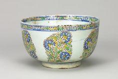 Deep Bowl, 18th Century  Turkey (Kutahya), Ottoman Period