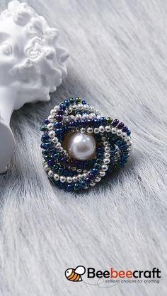 Bracelet Crafts, Jewelry Crafts, Diy Beaded Rings, Beaded Earrings, Beaded Bracelets, Handmade Beaded Jewelry, Homemade Jewelry, Bead Jewellery, Jewelry Patterns
