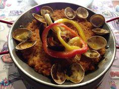 西班牙海鮮飯 都有點焦了,當然不合口味