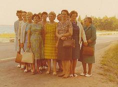 Damer från Ydrefors på bussresa 1966