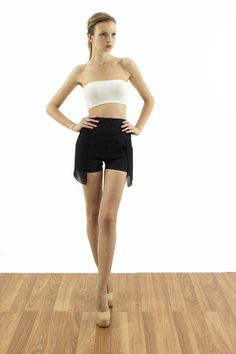 Shorts with sheer layer | pakepake