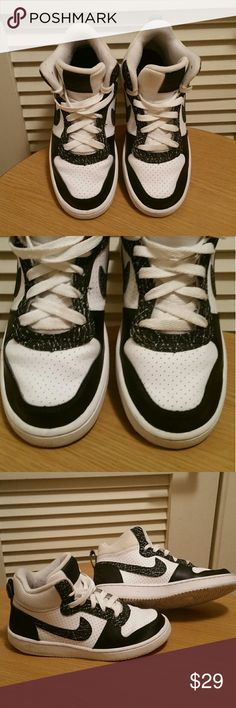 Boys Nike Sneakers Size 4 Youth Boys Nike Sneakers Size 4 Youth Used, good condition Nike Shoes Sneakers