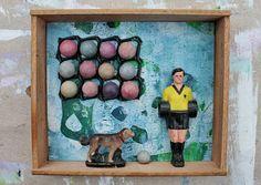 mano kellner,  kunstschachtel / art box nr 39/2016, bällchen? Paint Plastic Drawers, 3d Collage, Art Boxes, Tin Art, Painting Plastic, Altoids Tins, Assemblages, Box Frames, Shadow Box