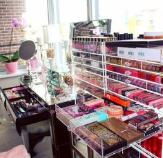 Wow! Talk about beauty organization!