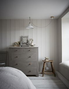 Cottage Style Decor, Interior, Cottage Style, Home, Home Bedroom, Seaside Bedroom, Country Cottage Decor, Cottage Interiors, Cottage Bedroom