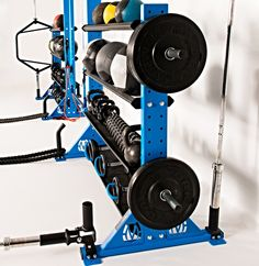 To assist you lose your weight, there are lots of items and exercise devices. Most popular and crucial equipment is Cardio Workout Equipment as experts advise Cardio exercise over anything else. Fixed Bike and Treadmill are such equipments. Home Gym Garage, Basement Gym, At Home Gym, Home Gym Equipment, No Equipment Workout, Fitness Equipment, Gym Room, Medicine Ball, Gym Design