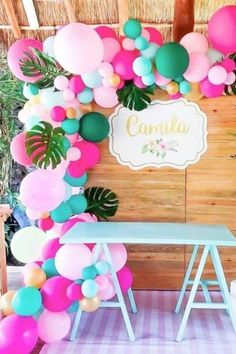 This tropical balloon garland will blow your mind! All the best parties have one and this one is perfect for your luau! See more party ideas and share yours at CatchMyParty.com Luau Birthday Cakes, Girls Birthday Party Themes, Moana Birthday Party, Birthday Party Invitations, Girl Birthday, Luau Party Favors, Luau Party Decorations, Luau Party Supplies, Luau Cupcakes