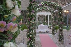 Location in fiore per cerimonie primaverili http://www.nozzemeravigliose.it/matrimonio/addobbi-floreali/caserta/mimmo-di-vico/148