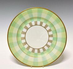 Dinner plate by Nora Gulbrandsen  for Porsgrund Porselen. In production between 1927-1937. Model nr 15.00. Decor nr 8215