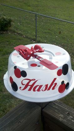 Vinyl name or  initals for DYI cake plate gift by JuJuscutestuff, $4.00