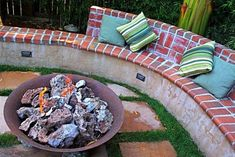 Backyard ideas - Georgeous backyard tips. backyard ideas for small yards landscaping pin suggestion shared on For more incredible information jump to the link to study the post idea 6166770531 today Inexpensive Backyard Ideas, Backyard Ideas For Small Yards, Brick Landscape Edging, Landscape Design, Landscape Architecture, Small Yard Landscaping, Landscaping Edging, Landscaping Ideas, Brick Projects