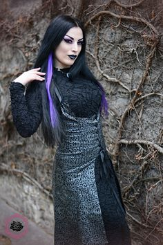 Model/MUA: Kali Noir Diamond Photo: Vanic Photography Outfit: Phazeclothing.com More: http://www.gothicandamazing.com/phaze-clothing-review-2/ Welcome to Gothic and Amazing |www.gothicandamazing.com