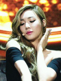 Tiffany Hwang SNSD Perfectly Flawless GIF