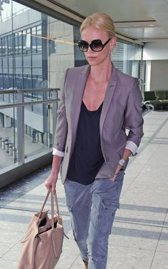 Charlize Theron. Cargo pants with a blazer Classic!