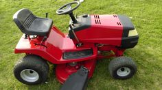 "Murray 40"" Riding Mower For Sale - New Tazewell, TN."