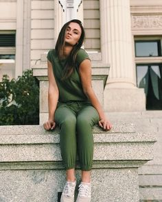 JUMPSUIT SEASON! Nothing says effortlessstyle like our best selling one-piece Sage Jumpsuit. Designed like our Jetsetter Pants on bottom, they're the perfect fit—builtto move with you for maximum comfortas you go about your day. Whether you're taking a casualSunday strollor dressing up for Fridaynight out, this is your go-to for easy, chic, and comfortable fashion. It's sporty, unique and cute! To see more colors, head to albionfit.com | @albionfit #rompers #jumpsuits #style #fashion