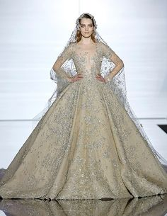 Via:LuckyMagazine 39 Dream Wedding Dresses Straight From The Couture Runways