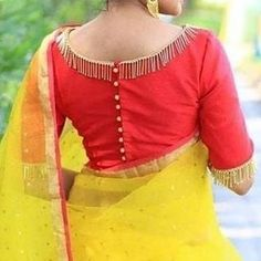 Sarees have become a fashion statement and it is a must have for every woman in the world. No women can look more gorgeous without Blouse Back Designs. Designer Blouse Patterns, Fancy Blouse Designs, Blouse Neck Designs, Gold Designs, Designer Dresses, Sleeves Designs For Dresses, Stylish Blouse Design, Blouse Models, Instagram