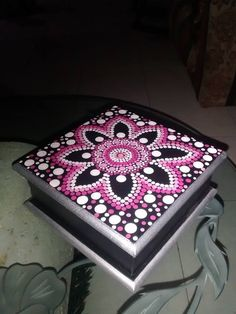 26 Best Wooden Home Accessories - Room Dekor 2021 Dot Art Painting, Mandala Painting, Stone Painting, Painting On Wood, Mandala Canvas, Mandala Dots, Mandala Design, Painted Wooden Boxes, Painted Jewelry Boxes