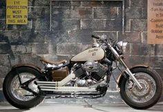2009, Honda V-Star 650 Bobber #Motorbike| http://awesome-beautiful-motorbikes-gallery.blogspot.com