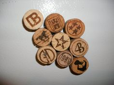 cork magnets. oh this is really cool for really pretty cork ends!