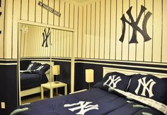 New York Yankees Kids Bedroom (Id do this for my room not the kids) lololol