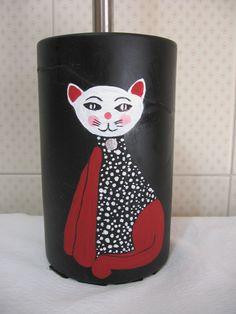 Pittura su ceramica - portascopino wc - si era rotto: l'ho incollato ed ho dipinto il gatto per mimentizzare i segni dell'incollaggio
