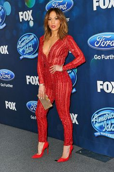 Singer/judge Jennifer Lopez attends the 'American Idol XV' Finalists party at The London Hotel on February 2016 in West Hollywood, California J Lo Fashion, Look Fashion, Womens Fashion, Jennifer Lopez Fotos, Sexy Women, Gorgeous Women, Beautiful, Sexy Outfits, Lady In Red