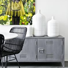 Beautiful rattan chair from Dutch brand HK Living. The chair has a strong metal frame around it is woven rattan and painted black or natural. Combine the chair with the colours in the same series to create a unique setting. Lockers, Bar Chairs, Rattan Dining Chairs, Chair, Cosy Sofa, Industrial Interiors, Sheepskin Seat Covers, Rattan Chair, Chair Legs