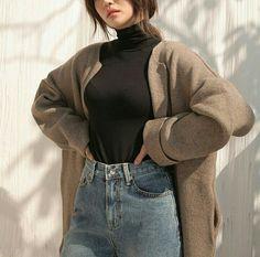 Clothing i n s p i r a t i o n s @asianxstyleinspo  see you @ IG : #viaGlamour