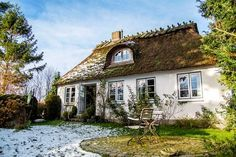 The Lille Hus: A holiday home like in a fairy tale – Förde Fräulein Vacation Places, Best Vacations, Places To Travel, Places To Go, Hotel Pool, Hotel Suites, Hotel Lounge, Beach Hotels, House Goals