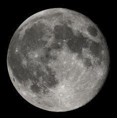 Cuándo cortarse el pelo según la luna. La Luna ejerce muchas influencia sobre los movimientos de la Tierra, pero ¿tiene también efectos sobre nuestro cabello? Existe la creencia de que las fases lunares influyen en el crecimiento futuro de...