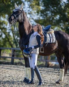 Equestrian Boots, Horse Girl, Riding Boots, Horses, Instagram Posts, Animals, Women, Horseback Riding, Woman