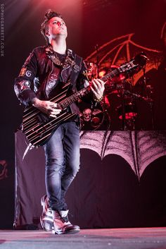 Synyster Gates 2014 A7X so awesome