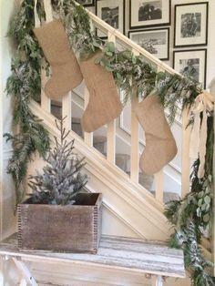 Little Farmstead: Farmhouse Christmas Home Tour (2015)