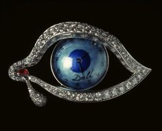 Jewellery by Salvador Dali...WANT!