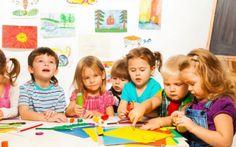 La scuola è un vero e proprio sistema di istruzione che aiuta i bambini di tutte le età a socializzare la scuola è un vero e proprio sistema di istruzione e socializzazione per i bambini di tutte le età. Se nella materna si dedicano quasi esclusivamente al gioco e alla creatività utilizzando la mente, #scuola #bambini #primaria #materna