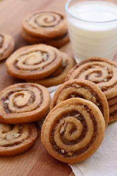 Christmas in November + Cinnamon Bun Icebox Cookies - Dinner with Julie