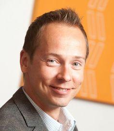 Juha Frey, toimitusjohtaja, Netprofile. Markkinointi, viestintä ja johtaminen yhdistettynä uteliaaseen mieleen, analyyttiseen ajatteluun ja eteenpäin katsovaan asenteeseen. Lisää osoitteissa www.linkedin.com/in/juhafrey ja www.twitter.com/juhaf.