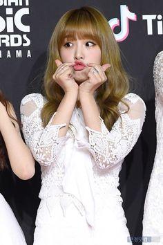 Baby Ducks, Japanese Girl Group, Yuri, Rapper, Flower Girl Dresses, Wedding Dresses, Pretty, People, Fashion