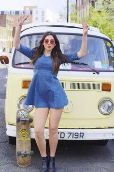 Dua Lipa. Follow me on Instagram as Anurag holkar Pretty Woman, Clothing Company, Beautiful Dua, Sexy Dresses, Bus Girl, Iphone, Music Radio, Celebrities, Thunder Thighs