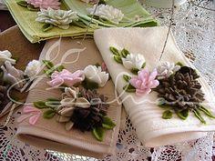 Polar çiçeklerle süslü el havlularım :) Baharca tasarım handmade