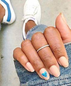 Minimalist Nails: Statement Emoji