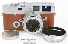 ズミクロンMとライカMPエルメスエディションカメラの正面図1:LEICAplaceからダンカンMeederで撮影したフルセットアップ画面でレンズフード、キャップ付き2 F = 35ミリメートルASPH