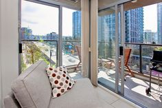 989 Beatty Street | Nova | Yaletown Vancouver West | Mike Stewart 604-763-3136