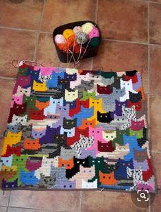 Chat Crochet, Crochet Home, Love Crochet, Crochet Crafts, Yarn Crafts, Crochet Yarn, Crochet Cat Pattern, Crochet Motifs, Afghan Crochet Patterns