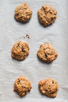 Vegan Almond Butter and Dark Chocolate Breakfast Cookies