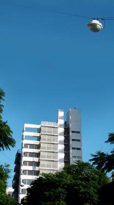 Galería de Edificio Altamira / Rafael Iglesia - 6